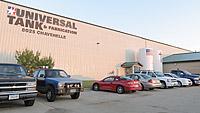 universal-tank-inset1-building